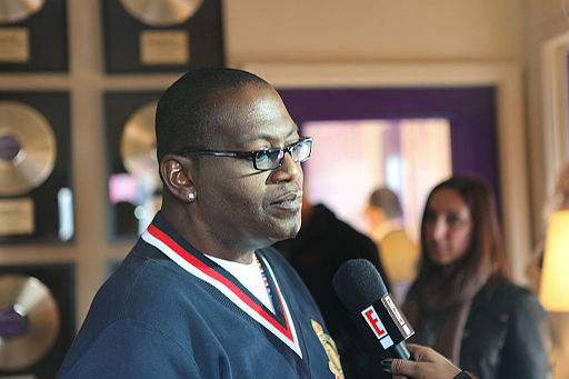 Randy Jackson being interviewed